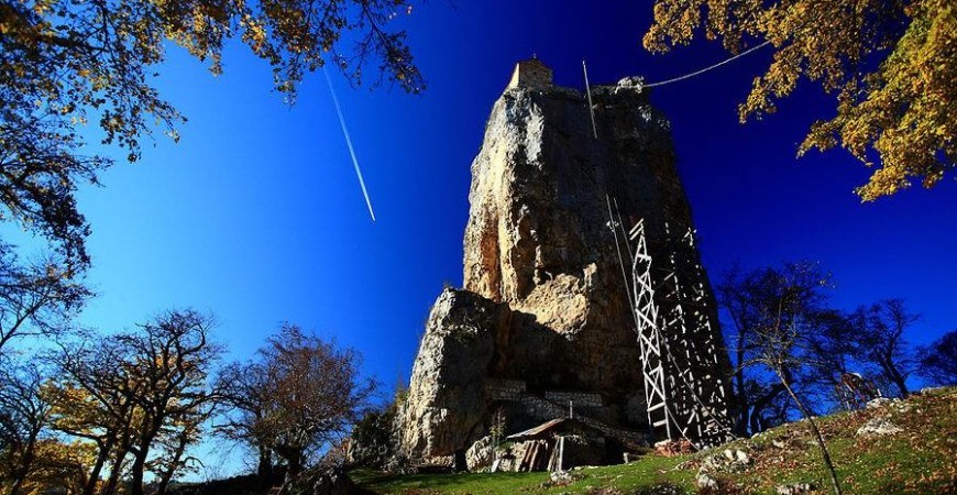 Coloana, la 10 km de orașul minier Chiatura