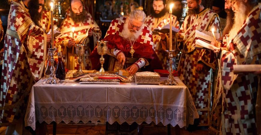 Liturghia Sf. Iacov, Mrea Vatopedi, sursa: http://asceticexperience.com/
